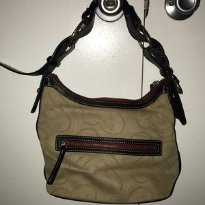 Dooney&Bourke authentic handbag